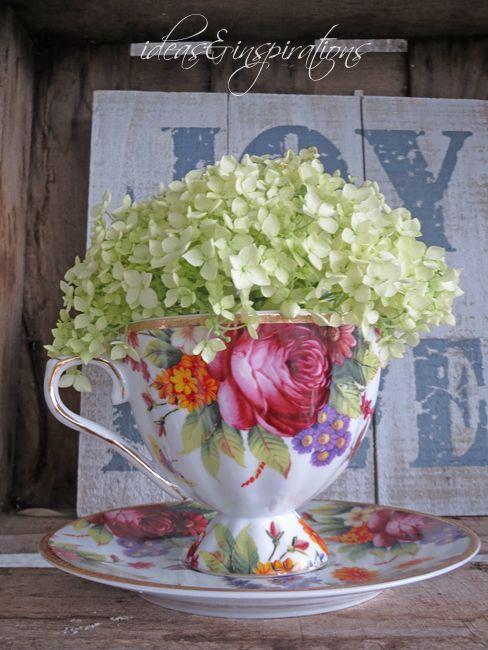 Porcellain Porzelan Blumen flowers cup Tasse Dekoration decoration - dekoration für küche