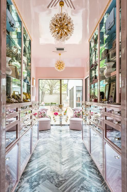 5 Tips For Designing Your Dream Closet | The Well Appointed House Design, Fashion and Lifestyle Blog