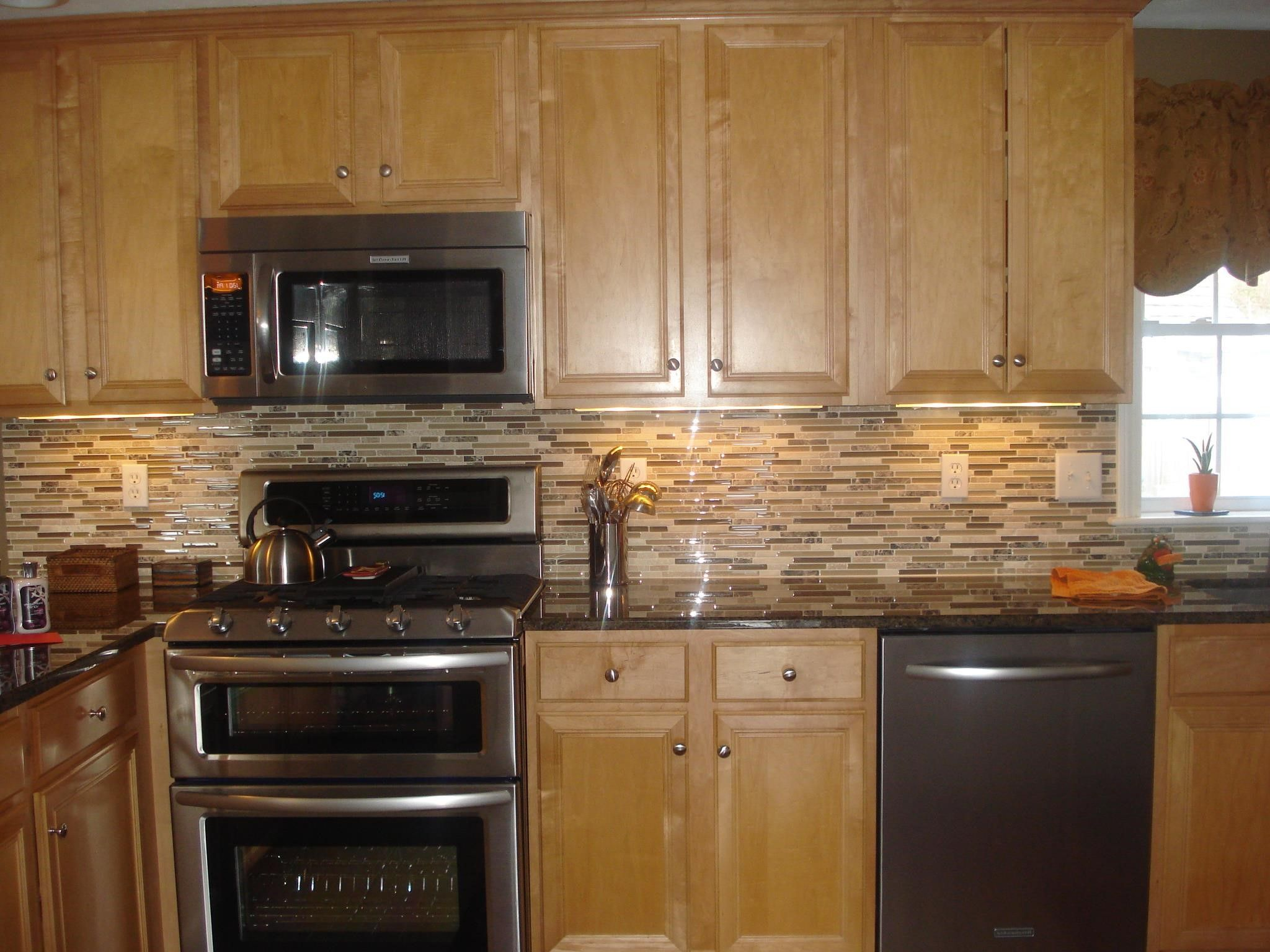 Best Glass Backsplash With Honey Maple Cabinets And Black Granite