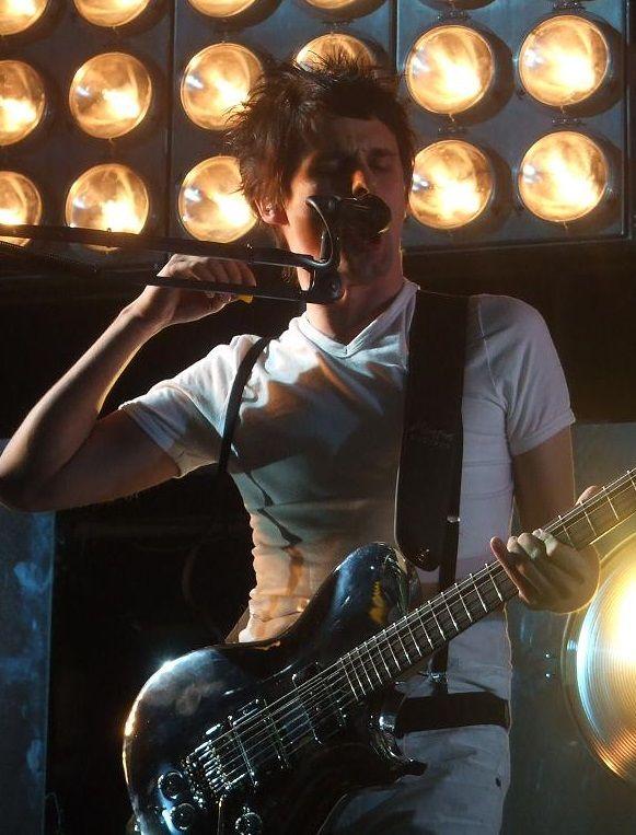 Matt Bellamy - Muse - Paris la Musicale, Paris, France (June 2006)