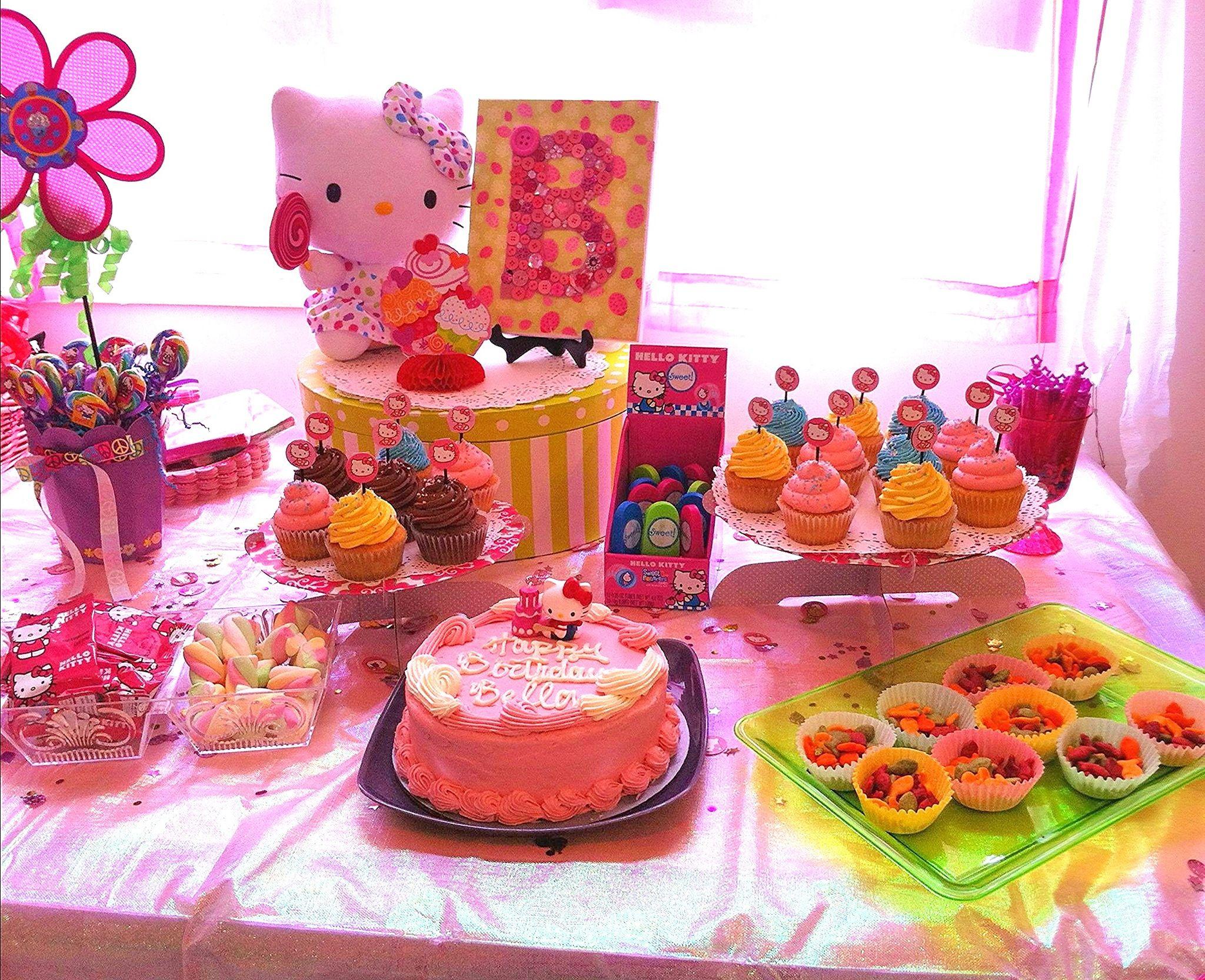 hello kitty birthday party table decoration  birthday
