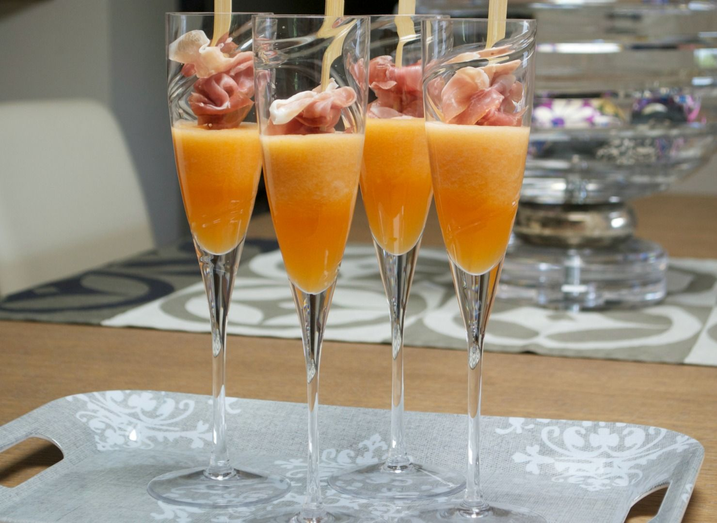 A Fresh Happy Hour With the Prosciutto Cantaloupe Cocktail