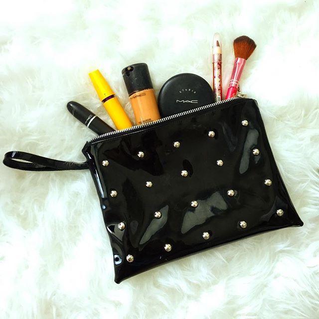 |Today essentials| @reversiblee_