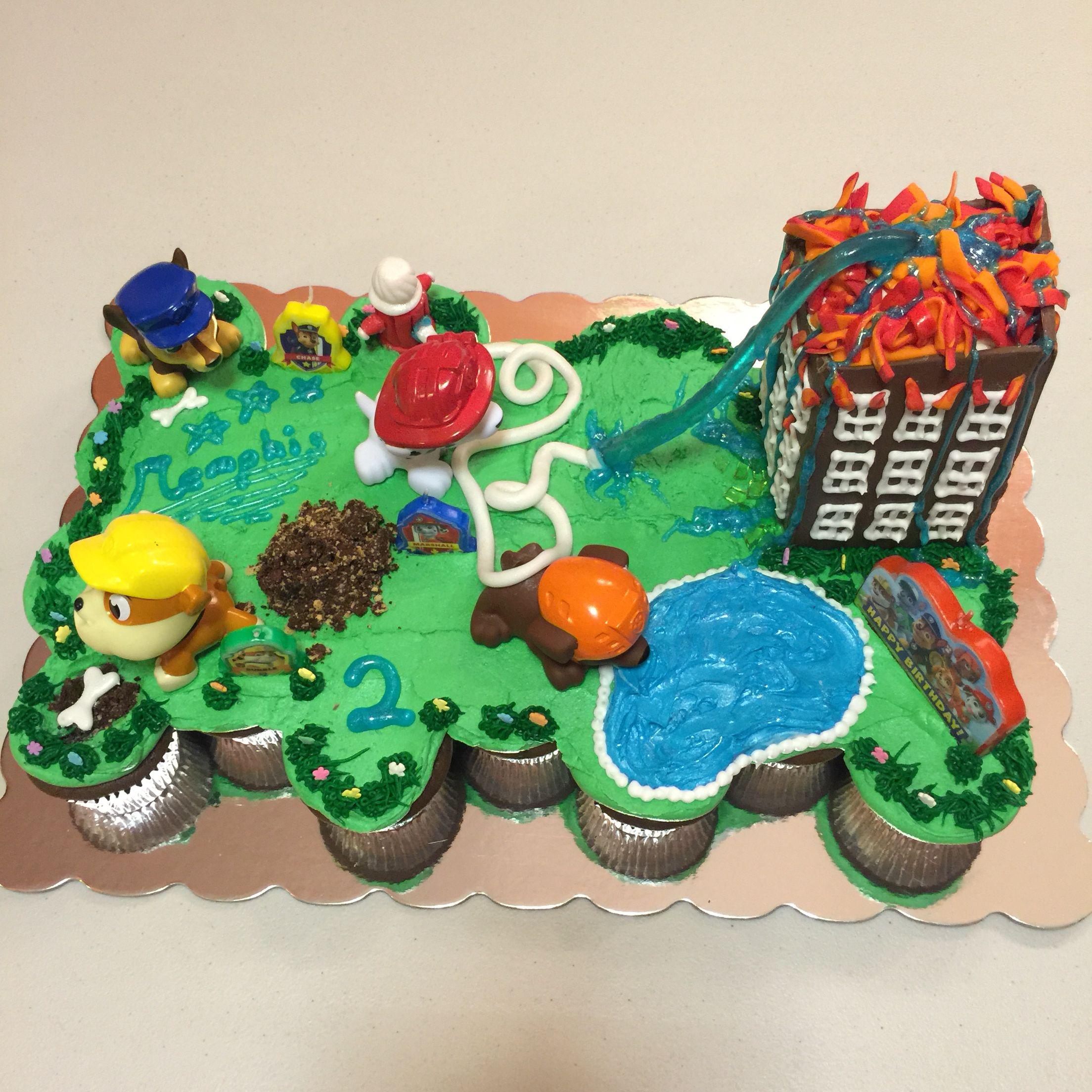 Spiderman Cupcakes Cake D39cuisine Pull Apart Cupcakes