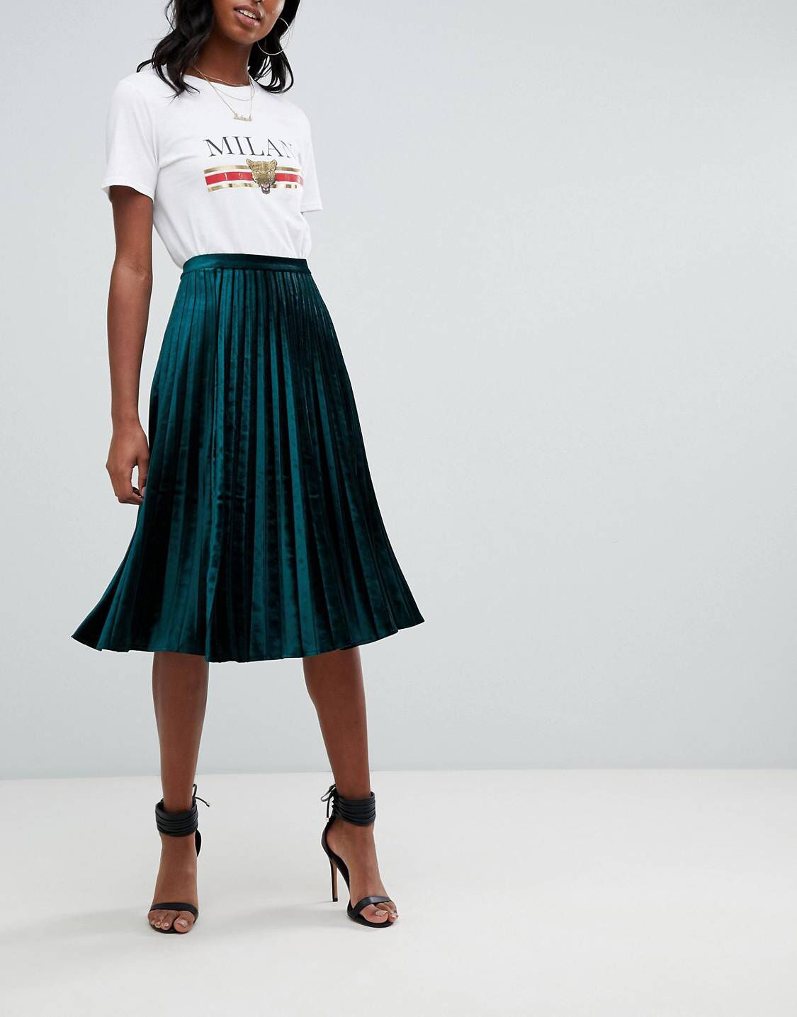 8ba455c6e Missguided Tall exclusive tall velvet pleated midi skirt in green ...