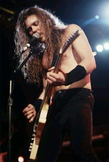 ~Badass Hetfield~