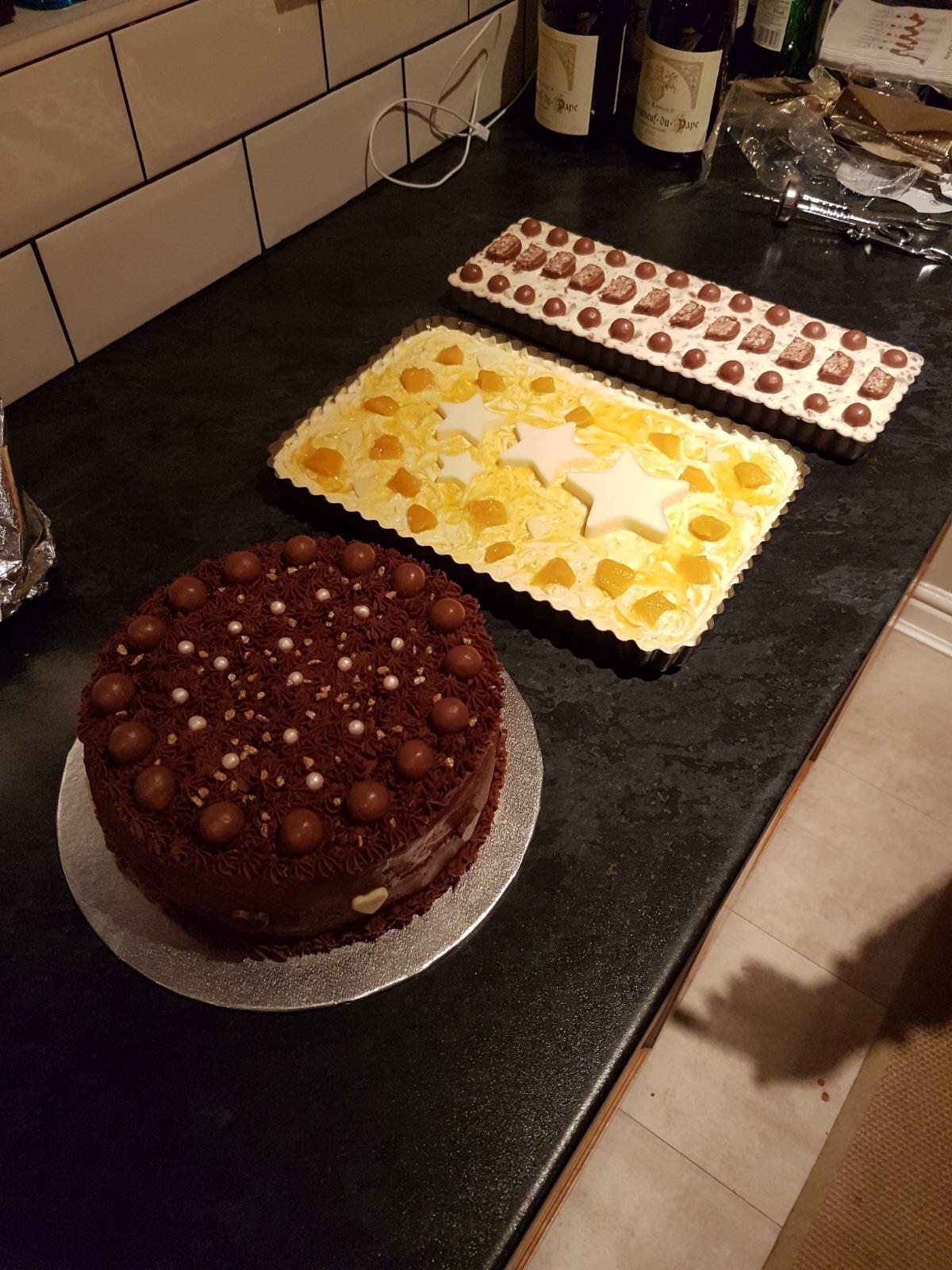 Chocolate sponge white chocolates and mango cheesecake