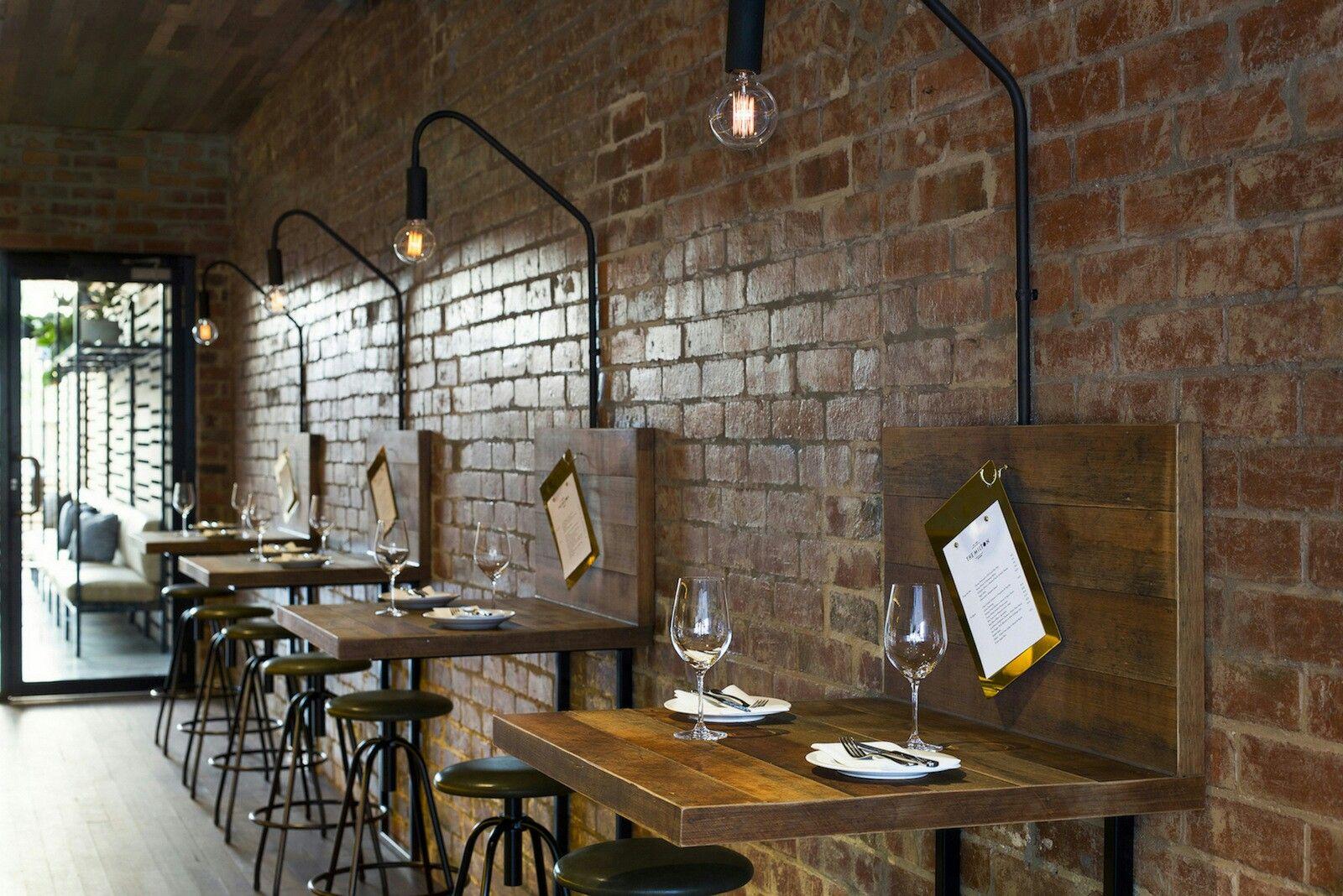 Mur De Briques Rouges Dans Caf Restaurant Deck Designs