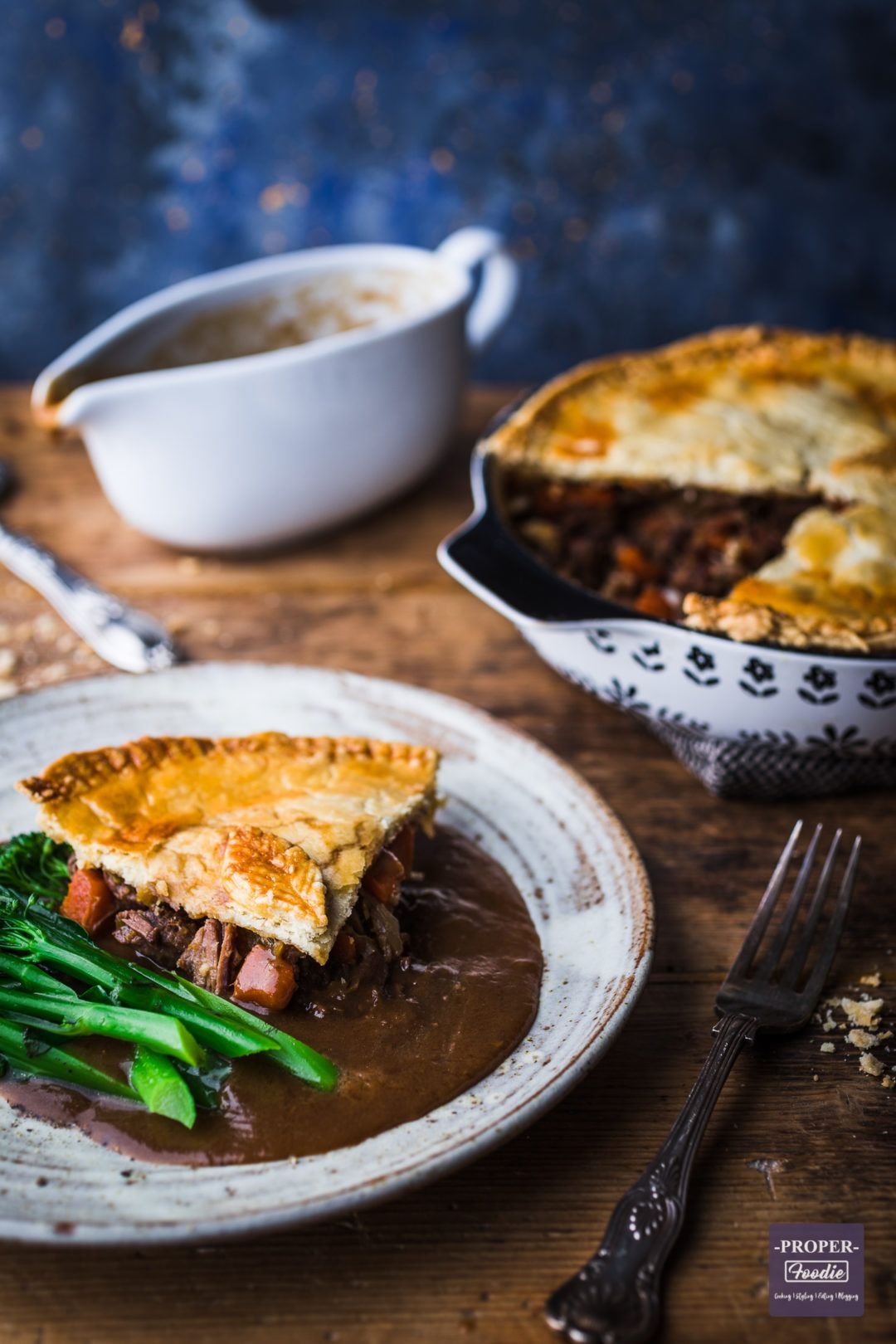 Steak and Ale Pie (step by step guide + recipe video ...