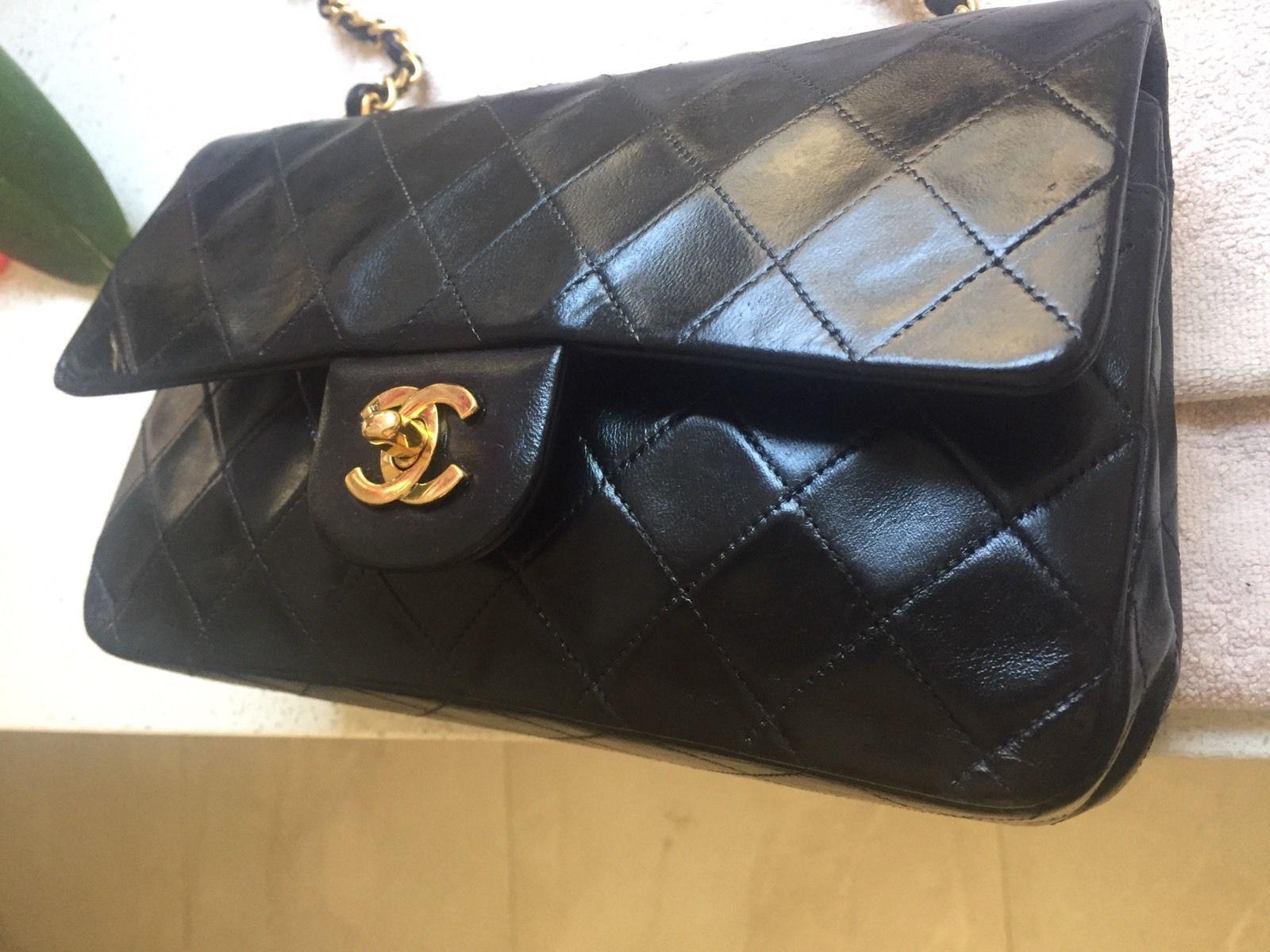 Chanel Classic Medium Double Flap Lambskin Black https://t.co/3ol5NISbUm https://t.co/ypXlUTv6lx
