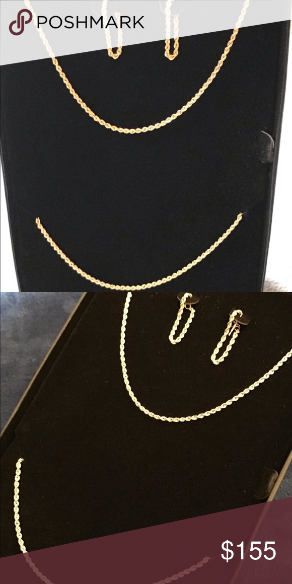 10k Yellow Gold 3 Piece Set Nwot This Pretty Set Includes A 10k Gold Necklace Bracelet And Earrings In Excellent C Fashion Design Post Earrings Pretty Sets