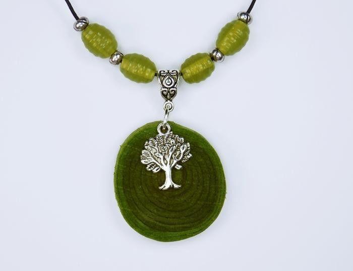 Baum des Lebens  (Kette aus grünem Olivenholz)