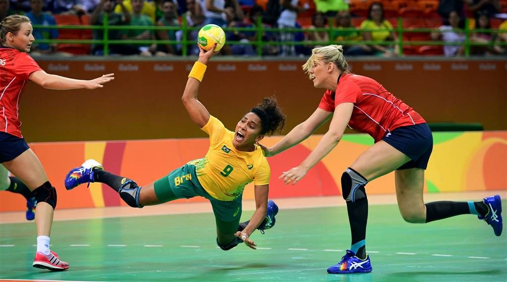 Olympic Moments Archers Let It Fly Fencers Hit Their Marks Handball Olympics Rio Olympics 2016