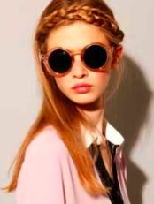 I heart round sunglasses.