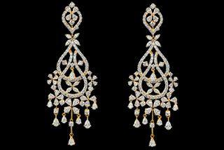 ef3b6d396e879 Gold and Diamond jewellery designs: Beautiful tbz diamond earings ...