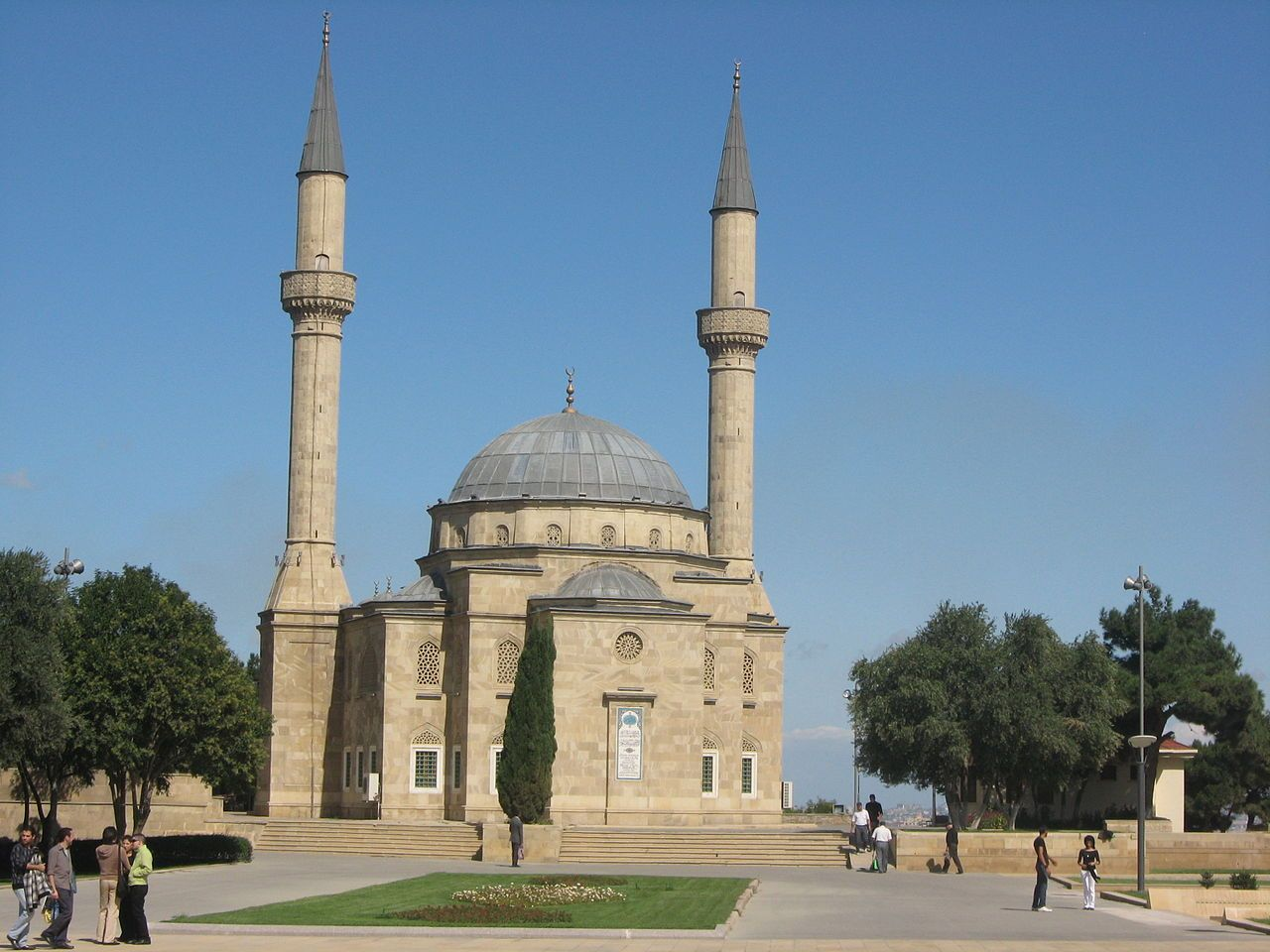 Mosque Of The Martyrs List Of Mosques In Azerbaijan Wikipedia