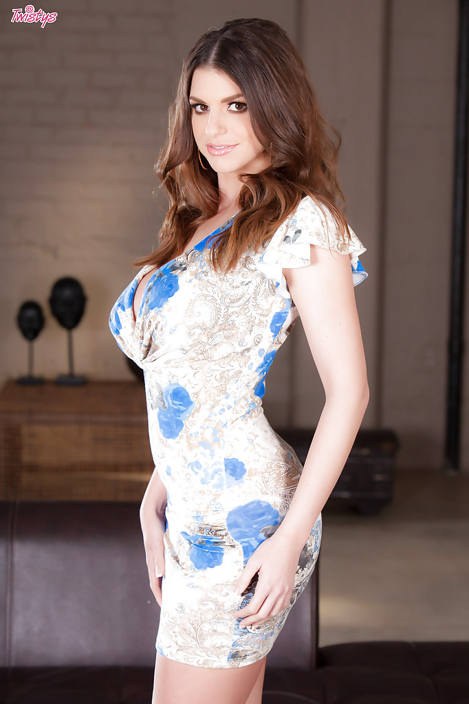 Brooklyn Chase Hot Sexy - Esbabes