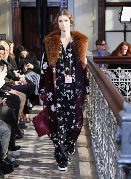 A model walks the runway at the Valentino pre-fall 2017 runway show on January 11, 2017 in New York. / AFP / ANGELA WEISS