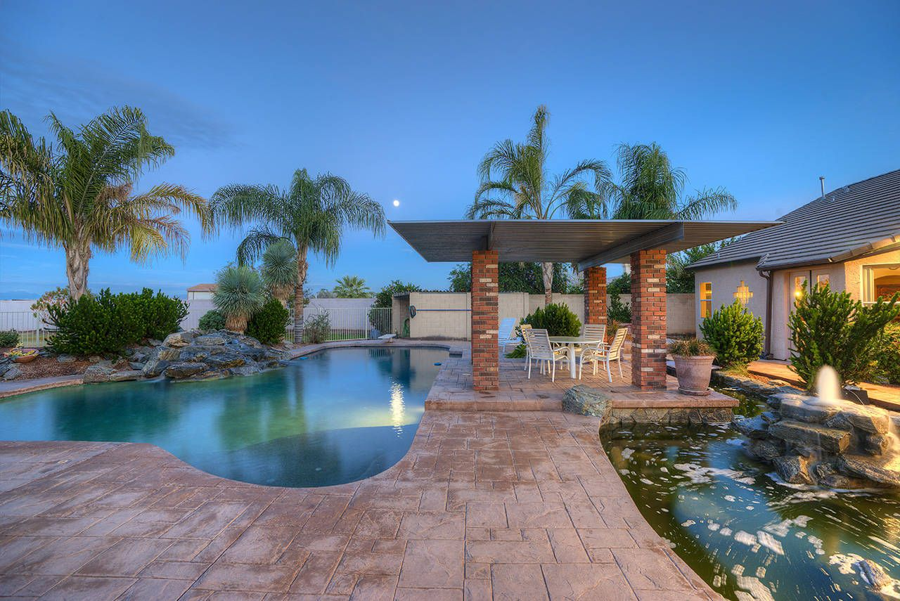 7 Bedroom Horse Property for sale in Gilbert, AZ (With