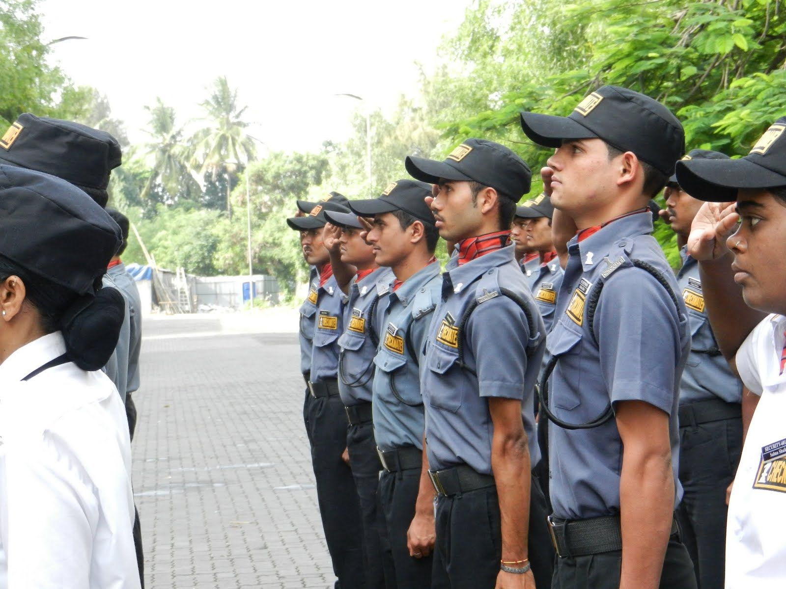 Avail Supreme Affordable Security Guards Services in Uttar