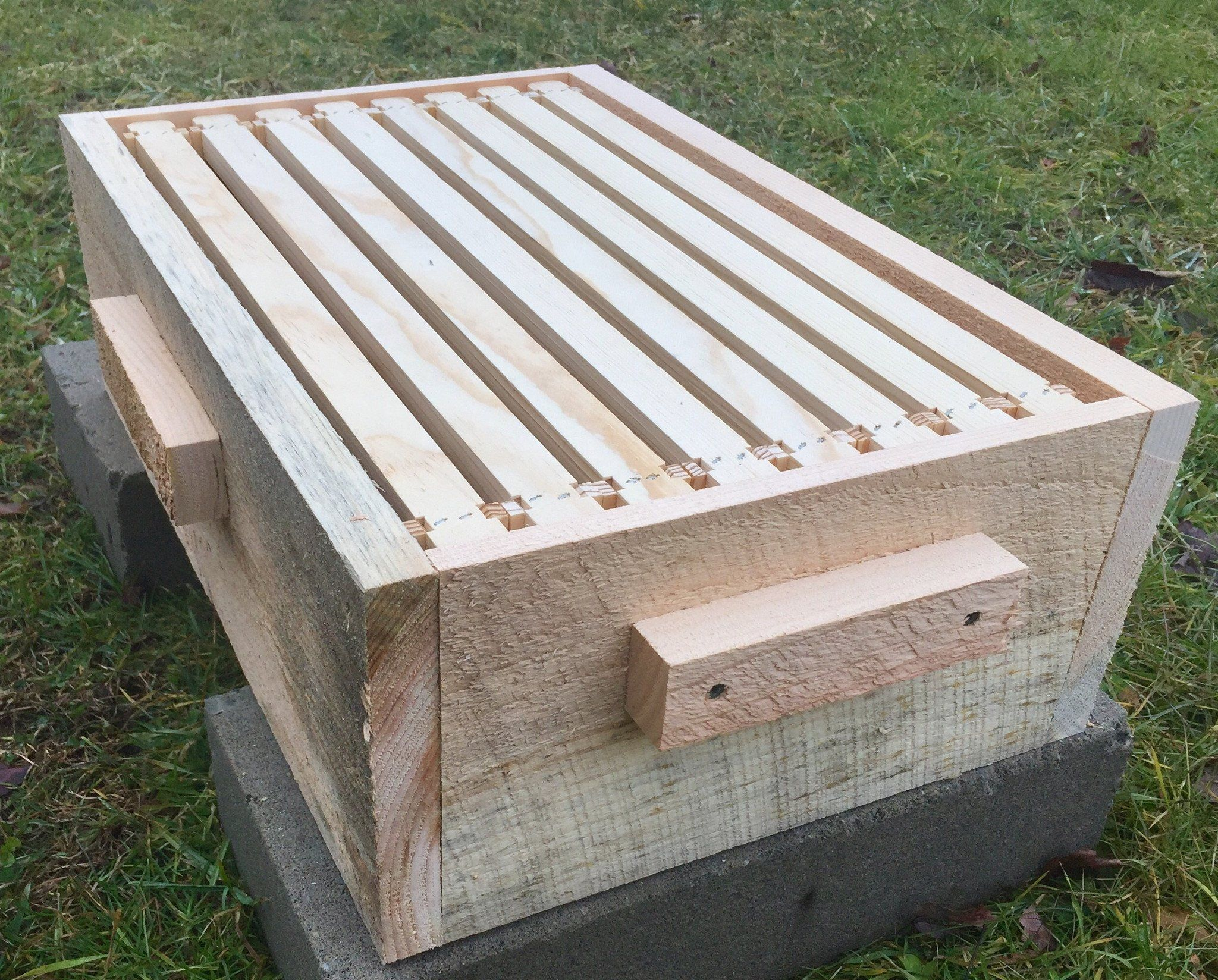 Tri Gable Lea Easier Langstroth Hive Kit 8 Frame Foundationless Langstroth Hive Bee Hives For Sale Hives