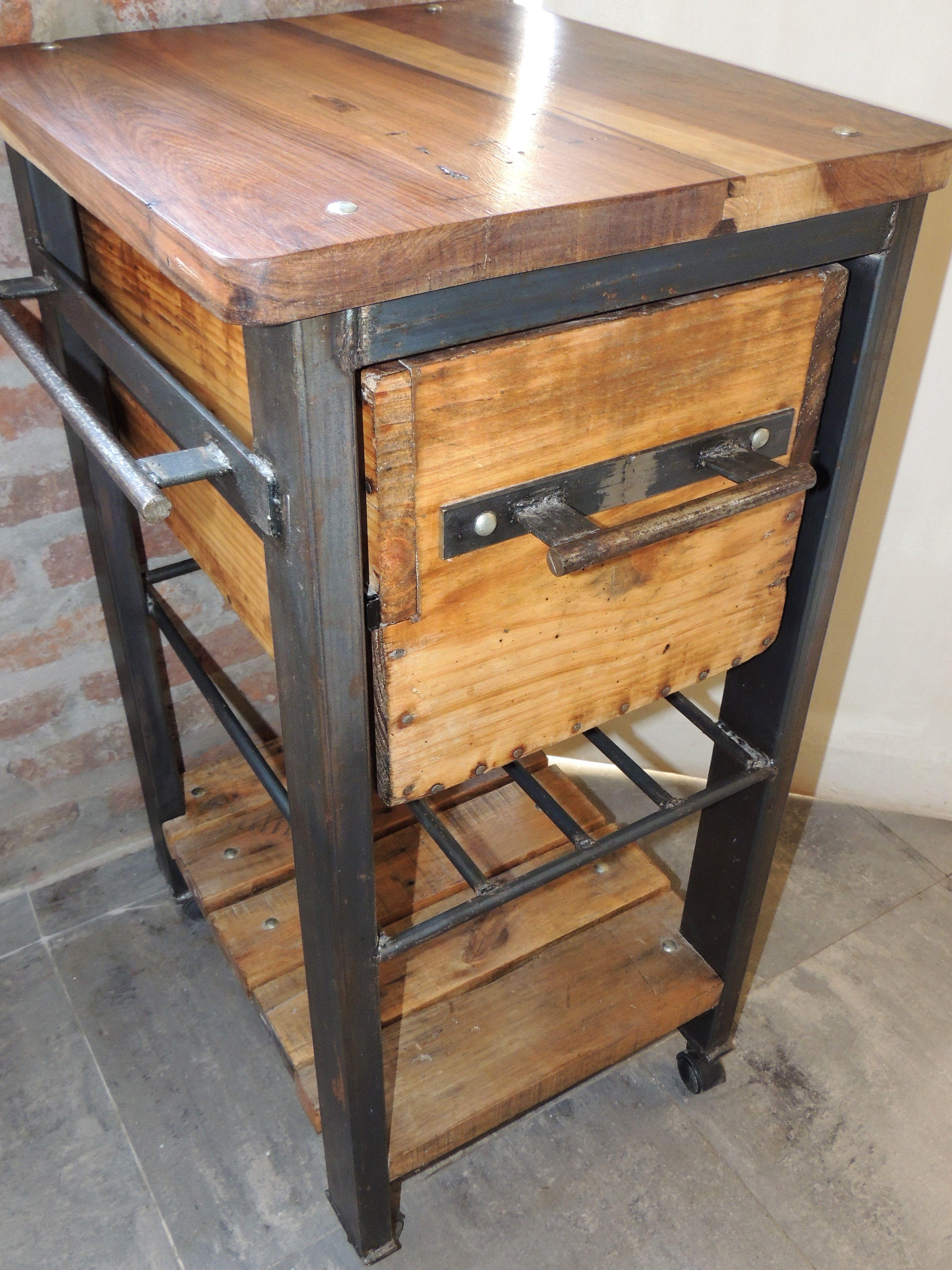 Mueble de dise o industrial para cocina en hierro y madera for Muebles de diseno industrial