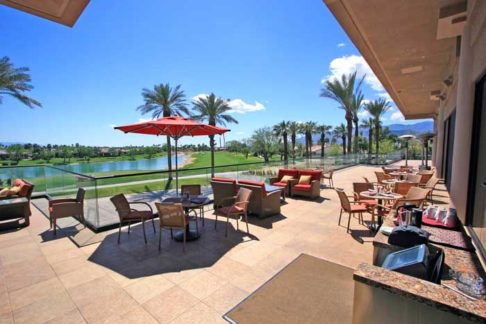 ernie s bar grill patio stadium tournament clubhouse in pga west rh pinterest com