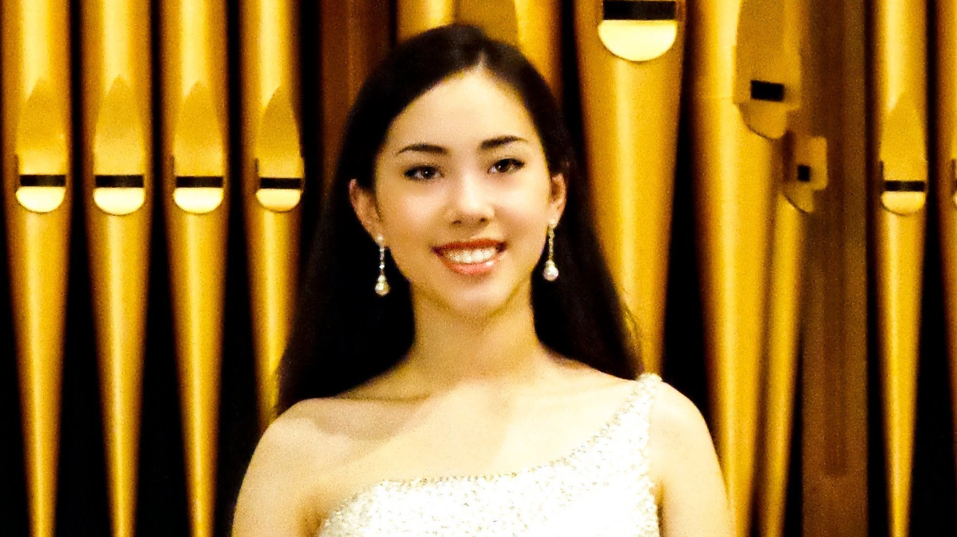 Ave Maria Schubert Performed By Elena House 13 Yrs Com
