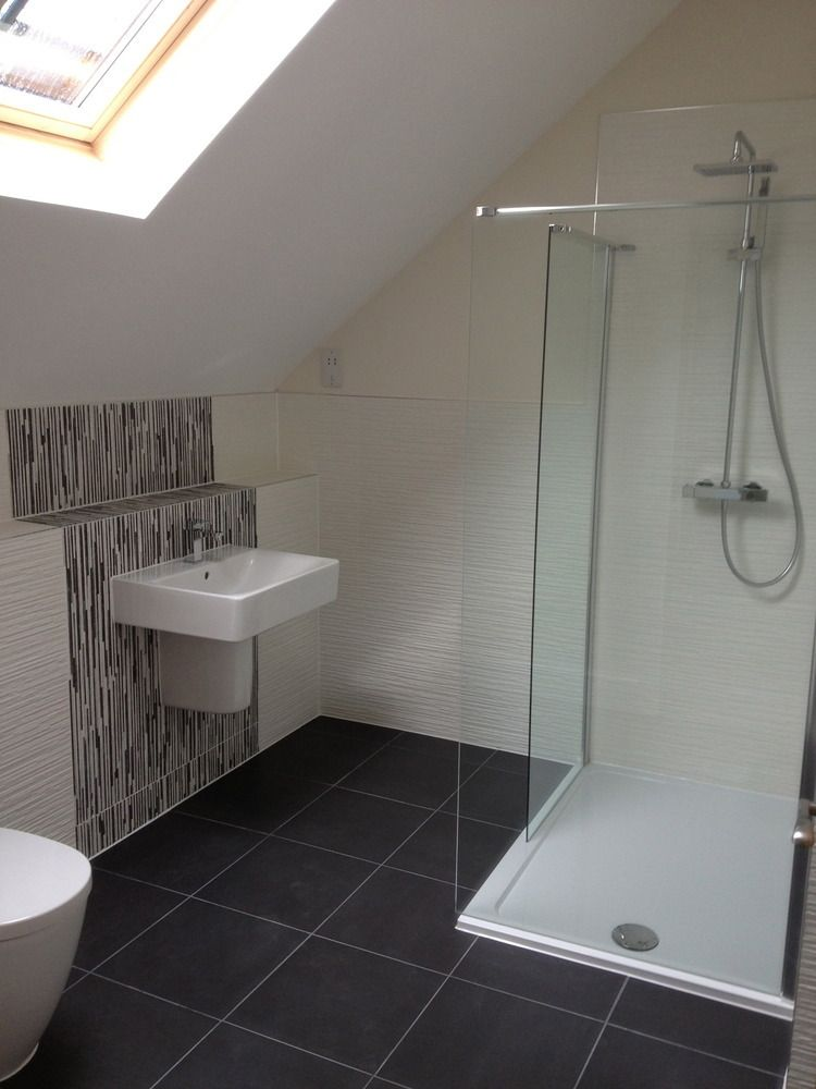 Images Small Bathroom With Sloping Ceiling To The Right