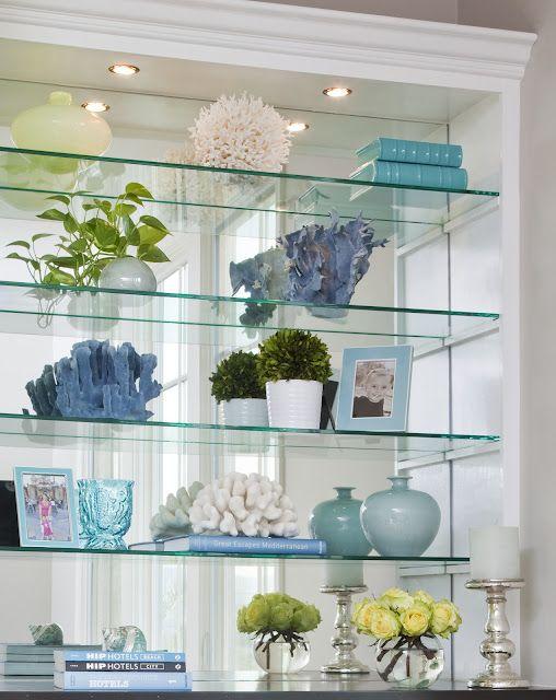 Perfect Beautiful bookshelf styling by Emily Ruddo of Armonia Decors! Love  ZX39