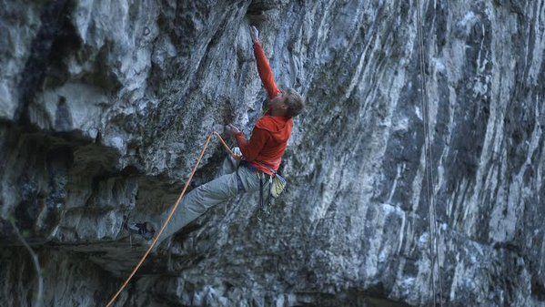 """All Climbingさんのツイート: """"Alex Megos repeats Hubble #climbing https://t.co/nc1JAuCScN https://t.co/xdJ1QW3J4l"""""""