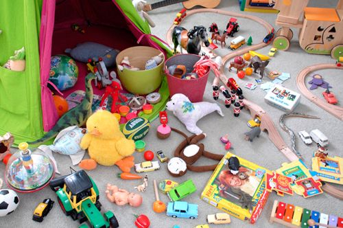 get organized kids room messy toys clutter | organizing kids ...
