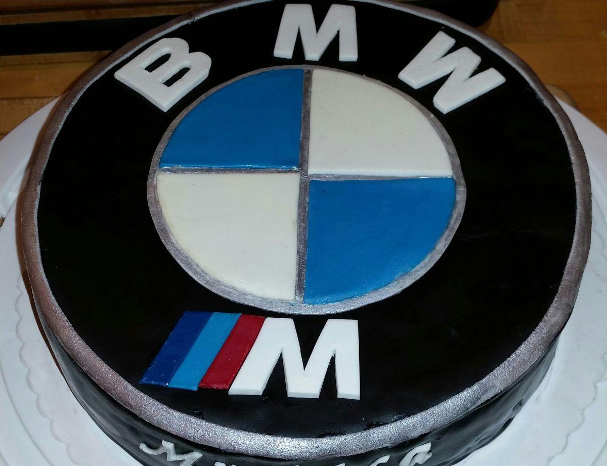 Diese BMW-Logo-Torte aus Fonant habe ich anlässlich eines ...