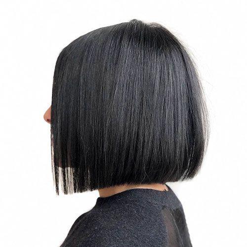 30 Beautiful Blunt Bob Haircut Ideas For Women Style2 T Mediumbobhaircut Straight Bob Haircut Brunette Bob Haircut Blunt Bob Haircuts