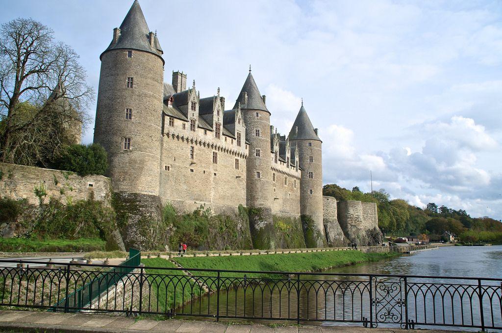 23++ Chateau golfe du morbihan information