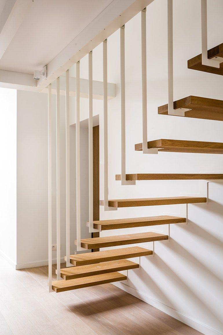 offene treppe aus stahl und holz up by jo a design. Black Bedroom Furniture Sets. Home Design Ideas