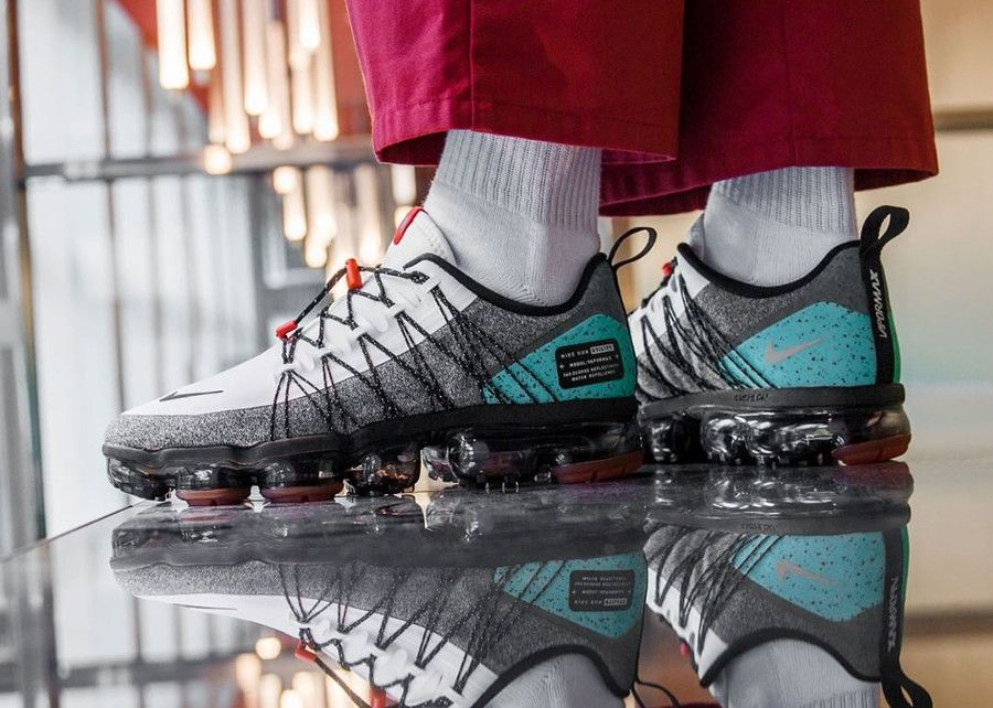 more photos cea3b 3dadf nike air vapormax run utility blanche grise et turquoise on feet (2018)