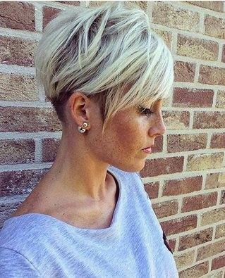 frisyr kort grått hår