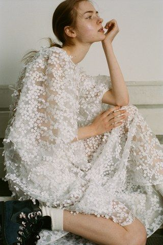 Photo of Cecilie Bahnsen før høsten 2020 – moteshow | Vogue Tyskland