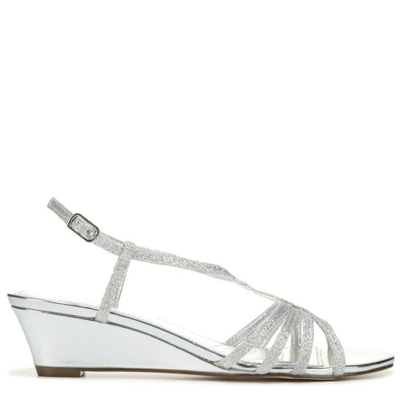 4811541bdcb Touch of Nina Women s Finetta1 Dress Sandals (Silver Glitter) - 10.0 M