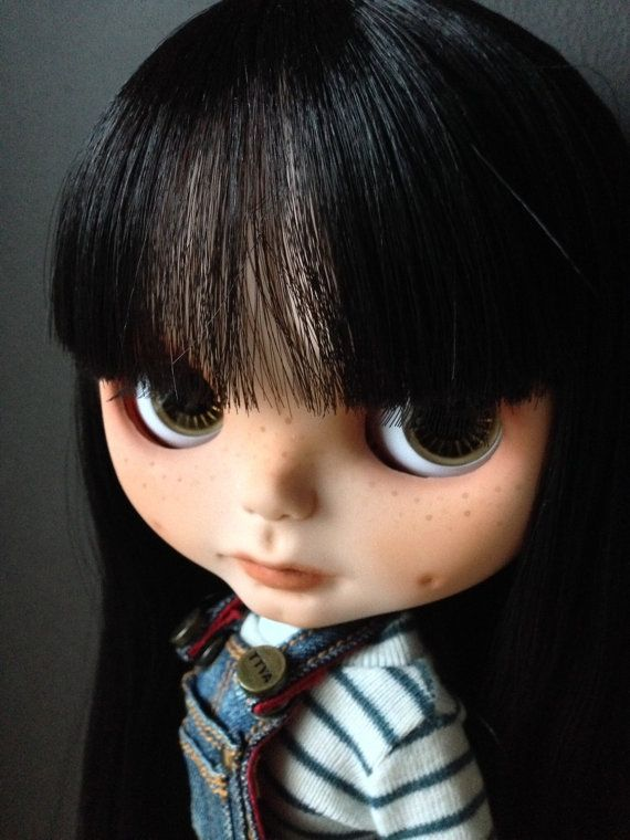 OOAK customised Blythe doll by KittyCatCustoms on Etsy