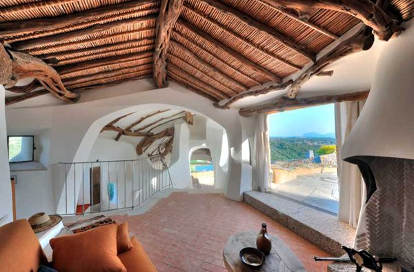 Spanish home made building  LIKE THE CEILING