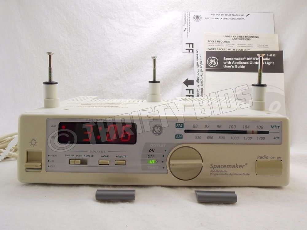 Ge Spacemaker 7 4232 Under Cabinet Am Fm Radio With Appliance
