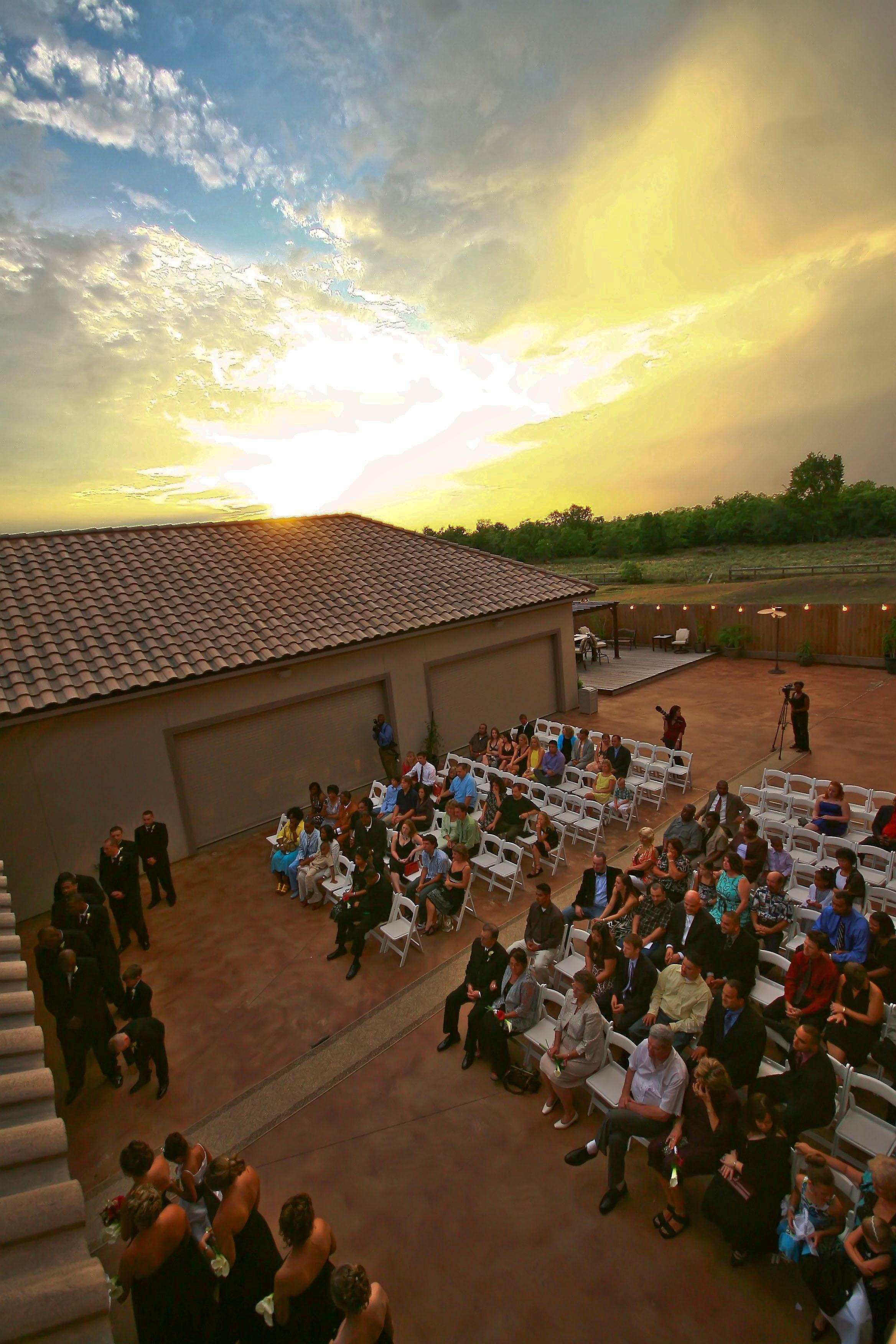 Tuscany Villas In Katy Texas Outdoor Ceremony Set Up