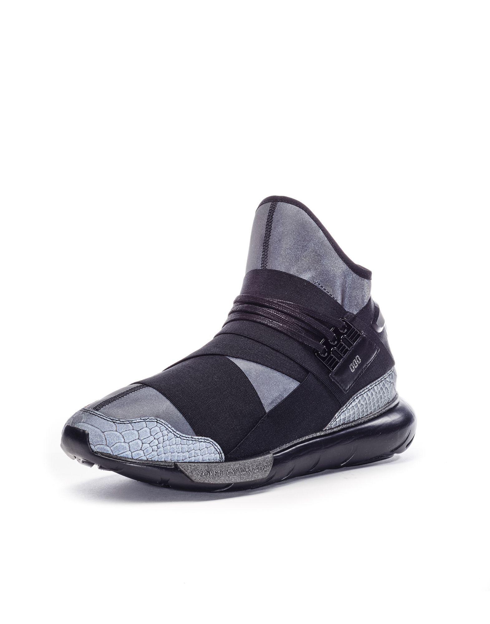 00bcde4561df Y-3 Qasa 300 SCHUHE für Ihn Y-3 adidas   Sneak   Adidas, Sneakers, Shoes