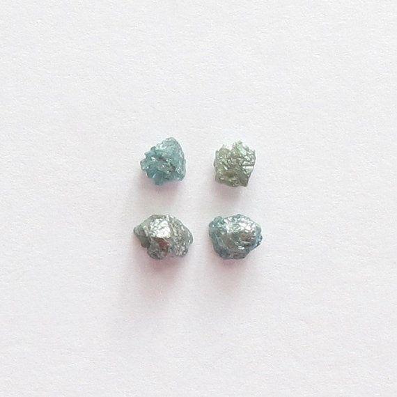 Natural Rough Blue Diamond, Unheated, Uncut, lot (4) of 1.08 carat