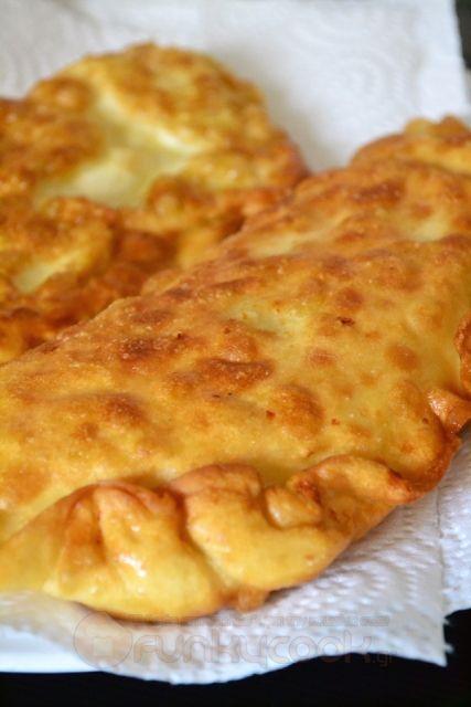 Τυρόπιτες Τηγανιού - Funky Cook
