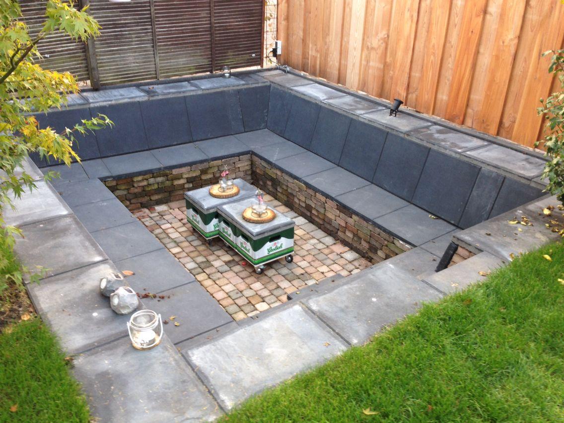 Zitkuil met biertafel huis en tuin tuin tuin idee n for Houten vijverbak