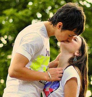 Kissing And Its Meaning I Love The Way You Smile Love Kiss