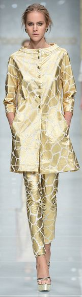 Roccobarocco RTW S/S 2013 @Kathy Kolenda look! it's giraffe print!!